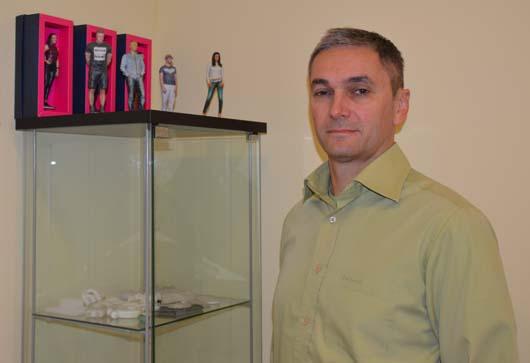 Schneider Zoltán és a 3D nyomtatott tárgyak.